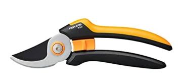 fiskars-bypass-gartenschere-l-solid-p341-fuer-frische-aeste-und-zweige-antihaftbeschichtet-edelstahl-klingen-laenge-205-cm-schwarz-orange-1057164-1