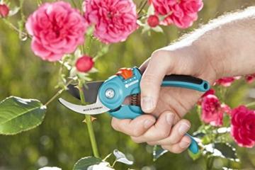 gardena-gartenschere-b-s-m-stabile-rebenschere-mit-bypass-schneide-fuer-pflanzen-und-frisches-holz-bis-22-mm-durchmesser-mit-saftrille-und-drahtabschneider-2-stufige-griffoeffnung-8857-20-2