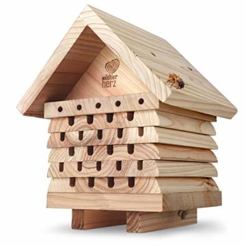 wildtier-herz-i-bienenhotel-schwere-ausfuehrung-aus-verschraubtem-massiv-holz-nisthilfe-fuer-wildbienen-wetterfest-unbehandelt-bienenhaus-insektenhotel-1